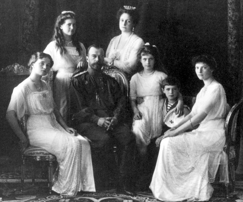 Russian_Royal_Family,_1911_убийства царя Николая II.JPG